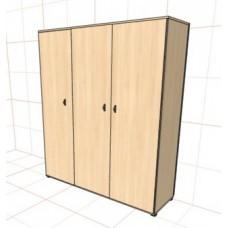Шкаф распашной трехстворчатый